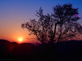 Rising sun by Maria-Korneliou