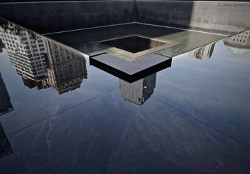 In memoriam 9/11 by Maria-Korneliou