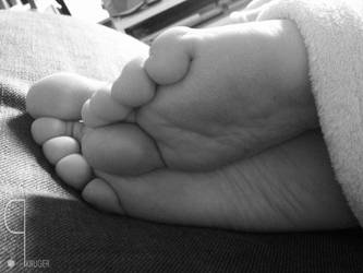 iPhone Wife's Feet 4 by aeken