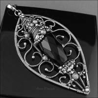 SENSIBLE - a large pendant by AnnaMroczek