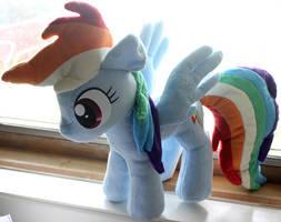 Rainbow Dash Plushie by nalina