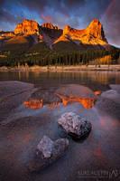 Haling Peak Ablaze by LukeAustin