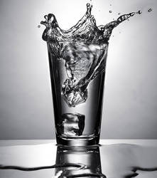 Icecube Splash by sanfranciscofood