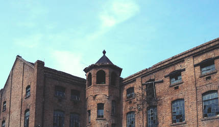 Old Factory by BomBerOne666