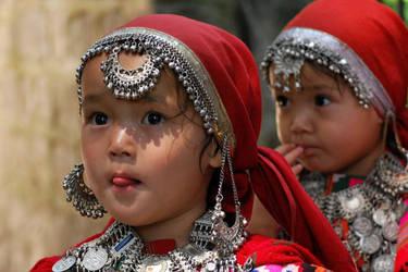 Children of Himalaya-  Manali by wielkiolkus