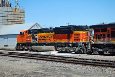 BNSF 8520 Post Collision by SMT-Images