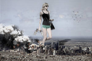 Giantess Taylor - Terror in The City by GiantessStudios101