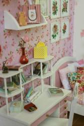 Wooden Diorama Pink Flower by A.N. 005 by Rosen-Garden