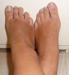 Feet 9 by Mesjogge
