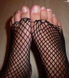 Feet 11 by Mesjogge