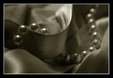 untitled: pearls by silentspring
