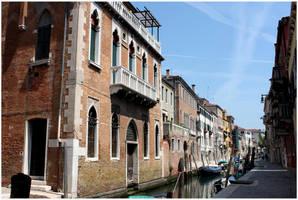Venetian Canal by kamuidestiny