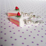 strawberry cake slices by coonies