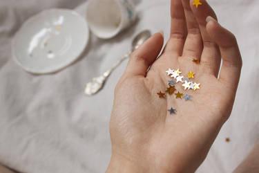 Shinning stars by Ming-Shuw