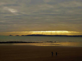 illumination at the beach by nonyeB
