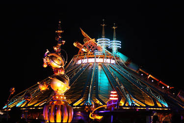 Space Mountain: Mission 2 by Anawielle