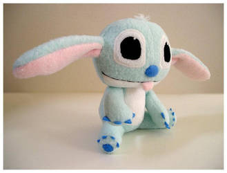 baby stitch by onifrogbox