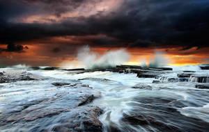 Stormy days by InnerComa