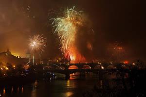 Firework7 by Holowood