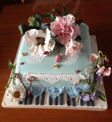 English Cottage Garden Cake by FifiCake