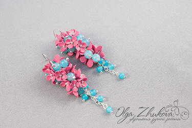 Earrings with flowers from polymer clay by polyflowers