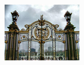 Green park gate by RickyJones
