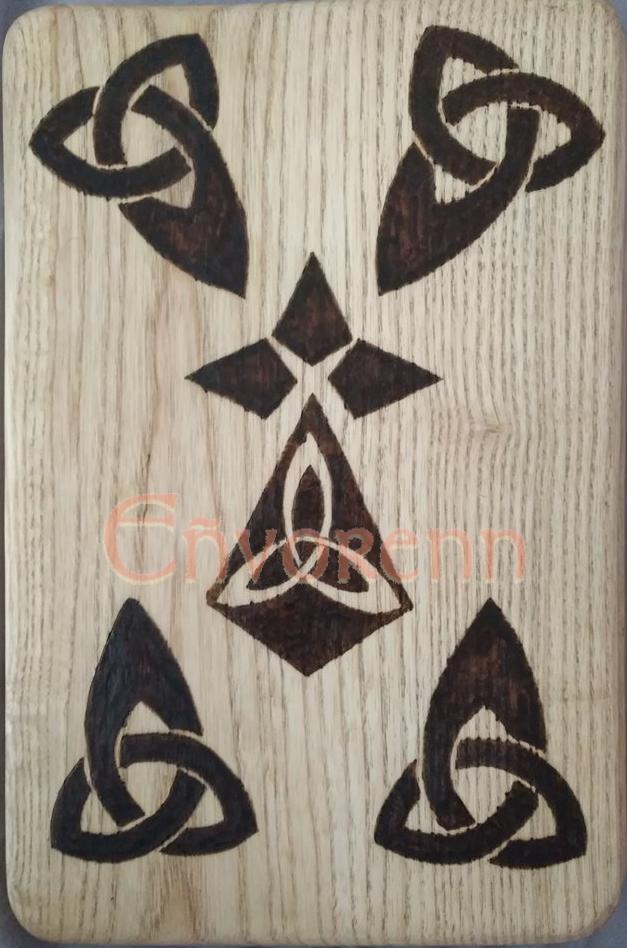 Wood plate by Envorenn
