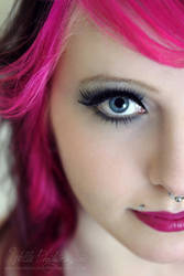 Pink Hair by Estelle-Photographie
