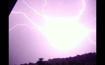 Storms IV by DarkBloodyRoses