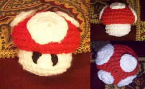 Yarn Super Mushroom by MadGoblin