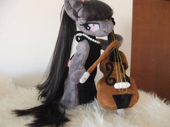 OCTAVIA WITH CELLO by Masha05