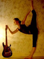A girl, a guitar 1 by Izzzzzzy