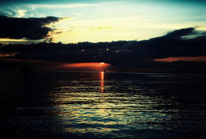 Manila Bay Sunset by Kyuzengi