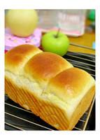 Bread by Xingz
