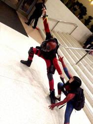 Deadpool vs. Spidey by lapurgs