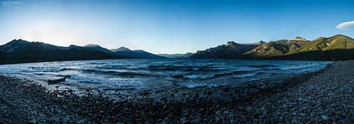 Lago Meliquina by Bolv3rk