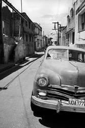 Cuban Car by mattrobinsonphoto