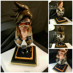 Tracer Bust by Vellamias
