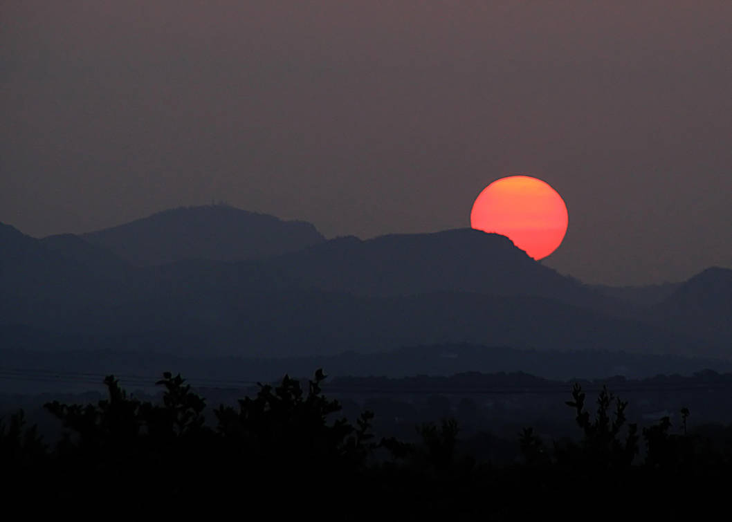 Dawn (1) 2017-09-08 by Julianez