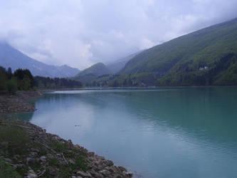 Lake.2 by Kibiuccia