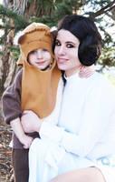 Leia and Ewok by HeatherAfterCosplay