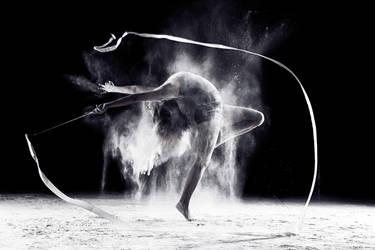 Acrobatics with flour by Scythwolf