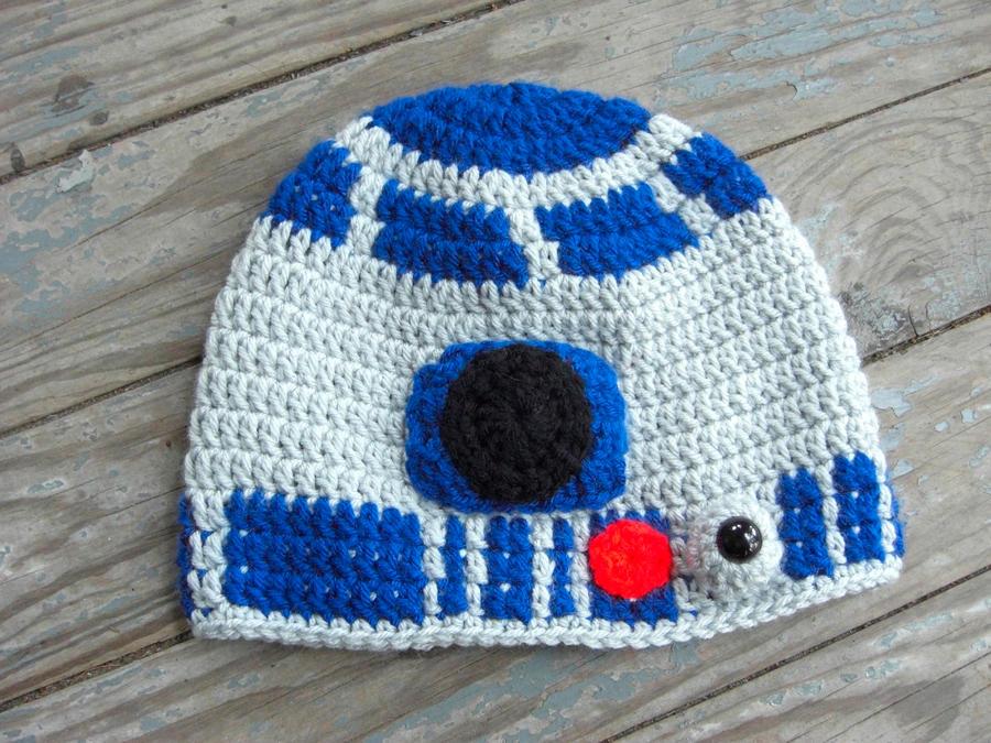R2D2 Crochet Hat by TheCrochetDragon on DeviantArt d28c54f8109