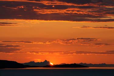 North-norwegian Sunrise by accessQ
