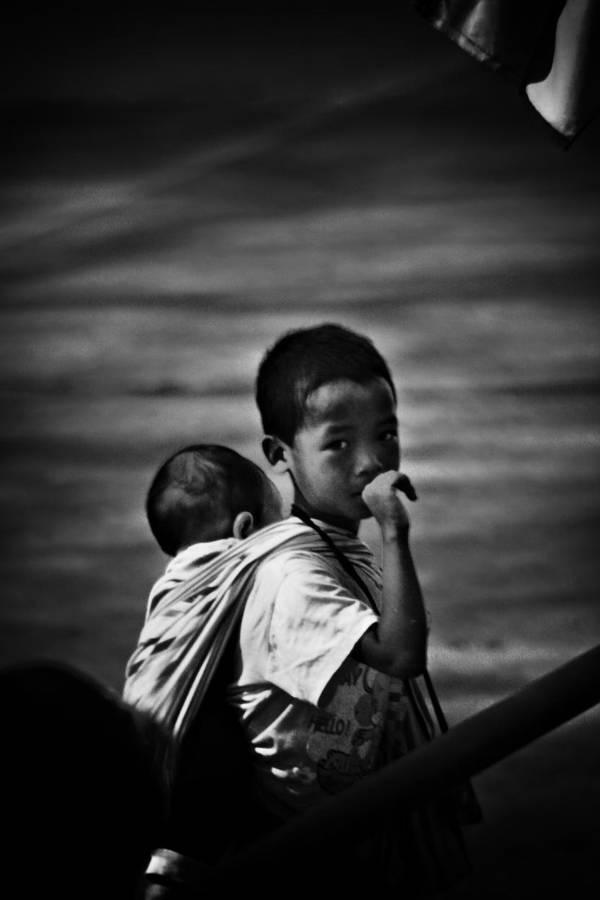 children of mae sai I by reirainx