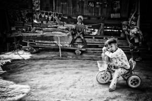 Padaung Children II by reirainx