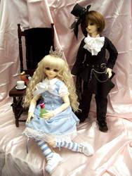 Come to our tea party by momoiro-machiko