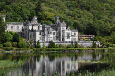 Kylemore abbey by insanitys