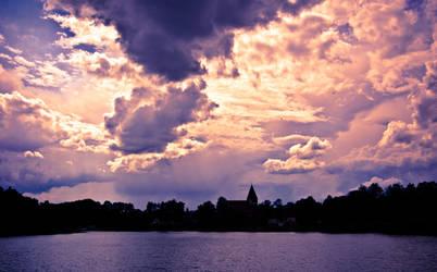 Dramatic Sky by sztoli