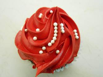 Red Cupcake by AzizaManga
